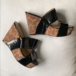 Nine West black and Leopard wedge sandal